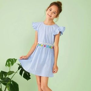Dress with tassels tied in the back Size 11-12Y